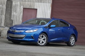 AutoWeb-2015-October-First-Drive-2016-Chevrolet-Volt-002