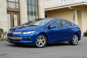 AutoWeb-2015-October-First-Drive-2016-Chevrolet-Volt-005