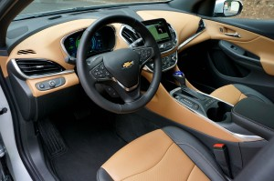 AutoWeb-2015-October-First-Drive-2016-Chevrolet-Volt-012