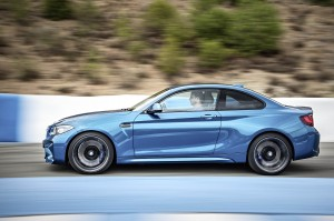 AutoWeb-2015-October-Gallery-2016-BMW-M2-014