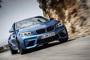 AutoWeb-2015-October-Gallery-2016-BMW-M2-017