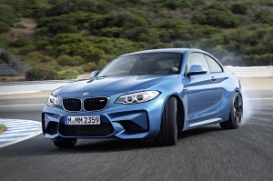 AutoWeb-2015-October-Gallery-2016-BMW-M2-019
