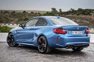 AutoWeb-2015-October-Gallery-2016-BMW-M2-020