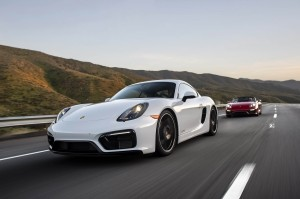 Autoweb-2015-July-Comparison-PDK-vs-Manual-2015-Porsche-Boxster-Cayman-004