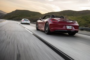 Autoweb-2015-July-Comparison-PDK-vs-Manual-2015-Porsche-Boxster-Cayman-005