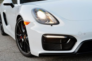 Autoweb-2015-July-Comparison-PDK-vs-Manual-2015-Porsche-Boxster-Cayman-013