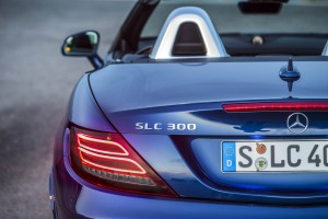 Autoweb-2016-August-Review-2017-Mercedes-Benz-SLC-Class-010