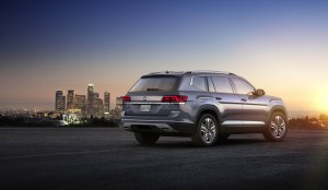 Autoweb-2016-December-Exclusive-2018-Volkswagen-Atlas-002