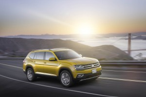 Autoweb-2016-December-Exclusive-2018-Volkswagen-Atlas-015