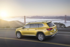 Autoweb-2016-December-Exclusive-2018-Volkswagen-Atlas-018