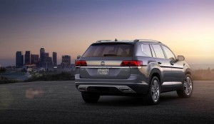 Autoweb-2016-December-Exclusive-2018-Volkswagen-Atlas-023
