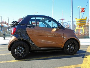 Autoweb-2016-October-First-Drive-2017-smart-fortwo-cabriolet-004