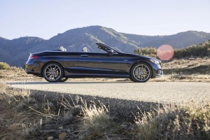 Autoweb-2017-February-Review-2017-Merecedes-Benz-AMG-C43-Cabriolet-004