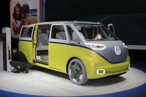 Autoweb-2017-January-NAIAS-What-Mattered-VW-Buzz-Concept-001