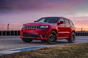Autoweb-2017-September-Review-2018-Jeep-Grand-C-Cherokee-Trackhawk-001