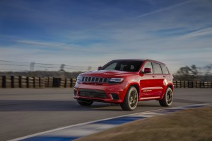 Autoweb-2017-September-Review-2018-Jeep-Grand-C-Cherokee-Trackhawk-002