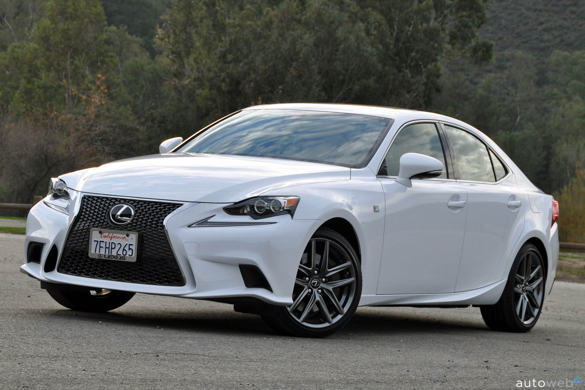 2015 lexus is 250 f sport autos post. Black Bedroom Furniture Sets. Home Design Ideas