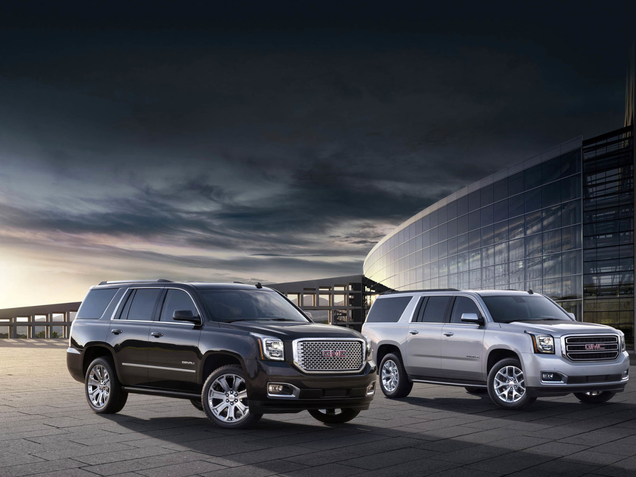 AutoWeb-2015-feature-fullsize-suv-GMC-Yukon-XL-003