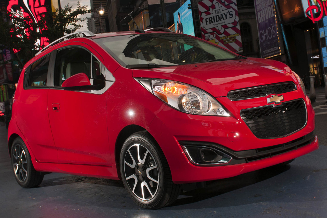 AutoWeb-2015-June-Feature-New-Cars-Teen-Drivers-2015-Chevrolet-Spark