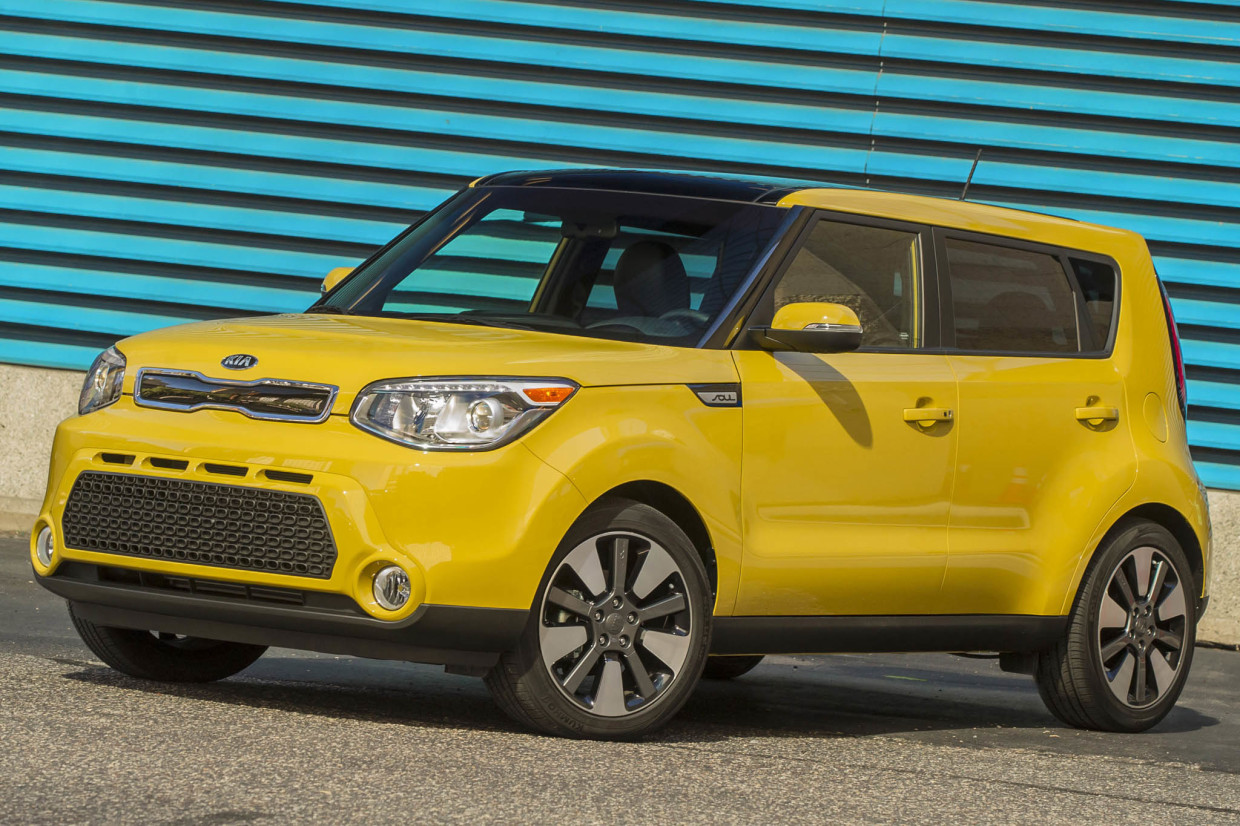AutoWeb-2015-June-Feature-New-Cars-Teen-Drivers-Kia-Soul
