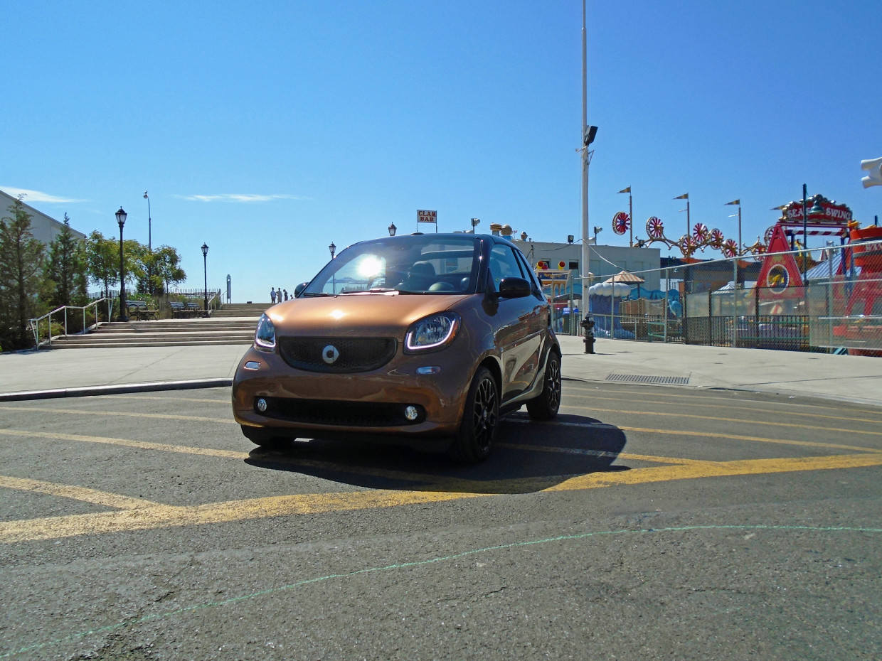Autoweb-2016-October-First-Drive-2017-smart-fortwo-cabriolet-001